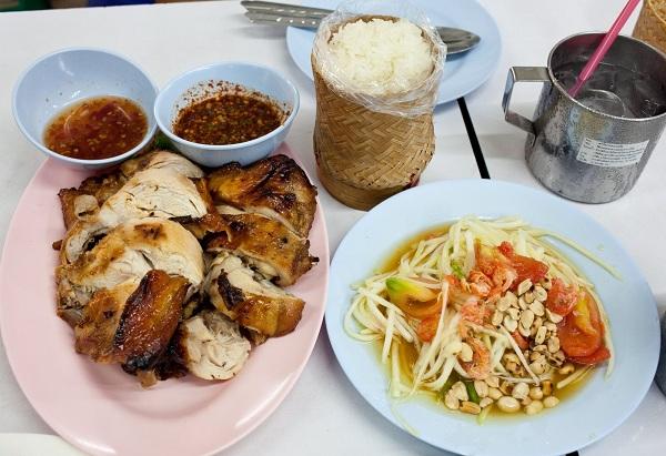 5 món ăn bạn không nên bỏ lỡ khi đến với Viêng Chăng, Lào