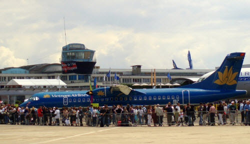 vé máy bay Vietnam Airlines tết 2017