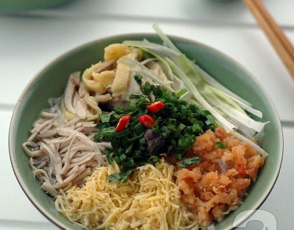 Vé máy bay đi Hà Nội - Bún thang tinh túy của ẩm thực Hà Thành