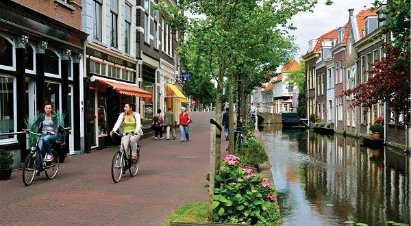 Vẻ đẹp mê hồn của những thị trấn trong Hà Lan