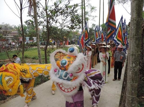 Vé máy bay đi Chu Lai - Lễ hội Bà Thu Bồn