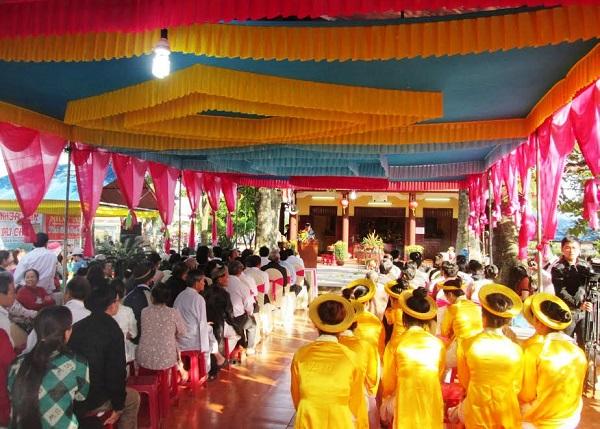 Vé máy bay đi Chu Lai - Lễ hội Dinh Bà làng Chiêm Sơn