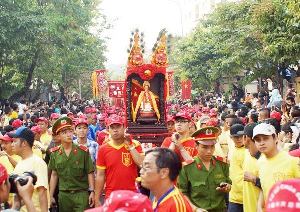 Vé máy bay đi Chu Lai - Lễ vía bà Thiên Hậu