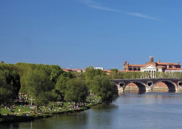 Du lịch Toulouse đến với những công viên thú vị, xinh đẹp