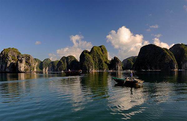 Vé máy bay đi Hải Phòng - Vịnh Lan Hạ quyến rũ
