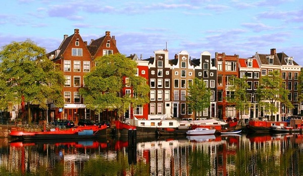Khám phá kênh đào Amsterdam