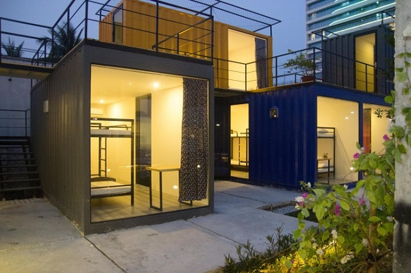 Vé máy bay đi Đà Nẵng - Dãy hostel bằng container độc đáo