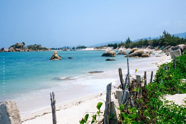 Vé máy bay đi Nha Trang - Cảnh đẹp biển ở Vịnh Vĩnh Hy