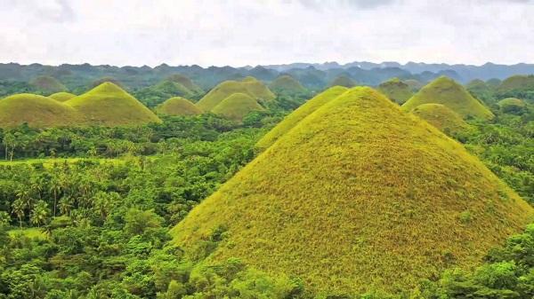 Khám phá vẻ đẹp ngoạn mục của Philippines