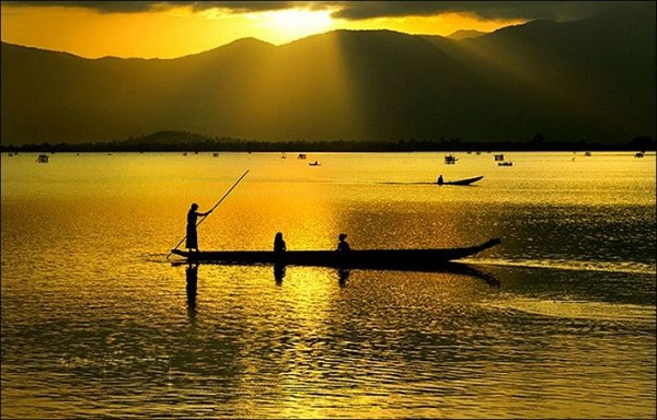 Vé máy bay đi Buôn Ma Thuột - Hồ Lak cũng là điểm không thể bỏ qua