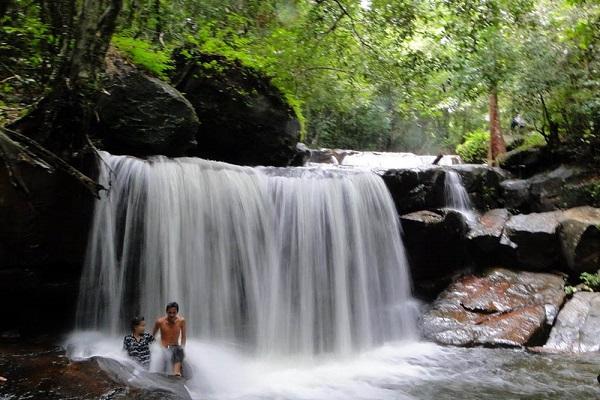 """""""Rụng tim"""" với 3 con suối hoang sơ tuyệt đẹp ở Phú Quốc"""