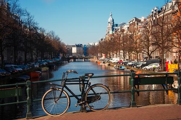 Vé máy bay đi Hà Lan - Đôi nét về quốc gia Hà Lan