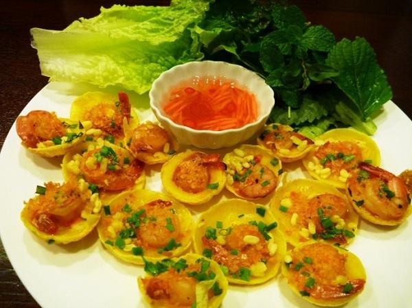 Vé máy bay đi Sài Gòn - Bánh khọt nhỏ xinh khiến du khách yếu lòng