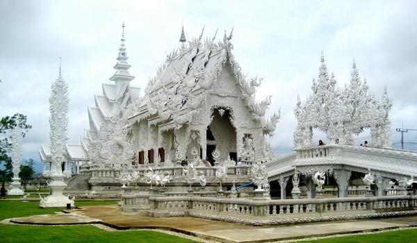 Vé máy bay đi Campuchia - Vẻ đẹp cổ kính Chùa Bac