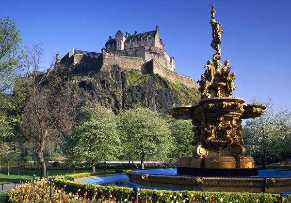 Vé máy bay đi Anh - Edinburgh cổ kính