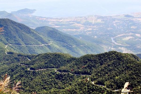 Vé máy bay đi Huế - Núi Bạch Mã