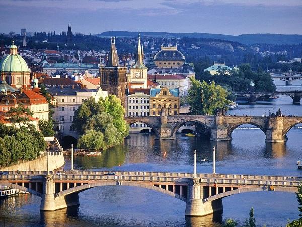 Vé máy bay đi Cộng Hòa Séc - Cầu Charles Prague