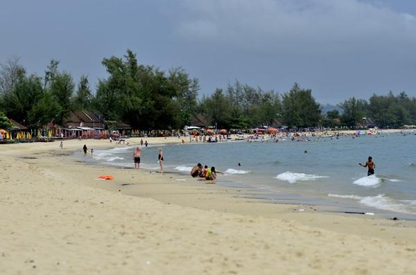 Vé máy bay đi Vinh - Khuấy động mùa hè ở bãi biển Cửa Lò