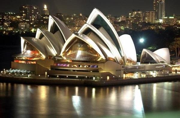 Vé máy bay đi Úc ghé thăm nhà hát Opera Sydney