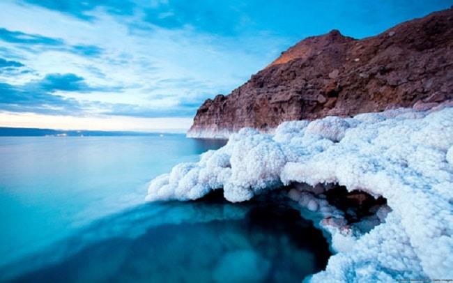 Muối ở biển Chết