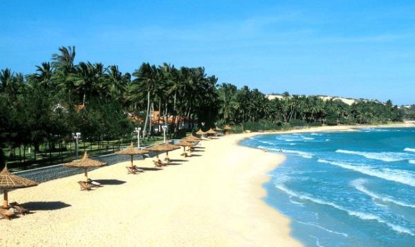 Vé máy bay đi Đà Nẵng - Đà Nẵng sở hữu bãi biển tuyệt đẹp