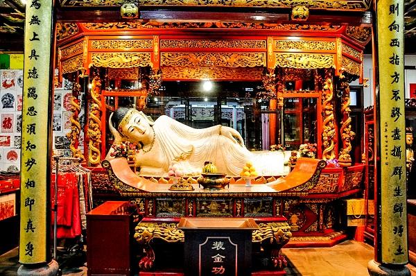 Vé máy bay đi Thượng Hải - Tham quan Chùa Phật Ngọc
