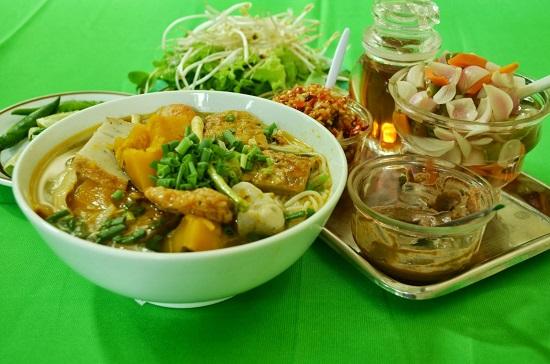 Đặc sản Mỳ Quảng Bà Mua