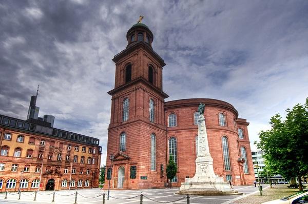 Đặt vé máy bay đi Frankfurt khám phá Paulskirche - Nhà thờ St Paul