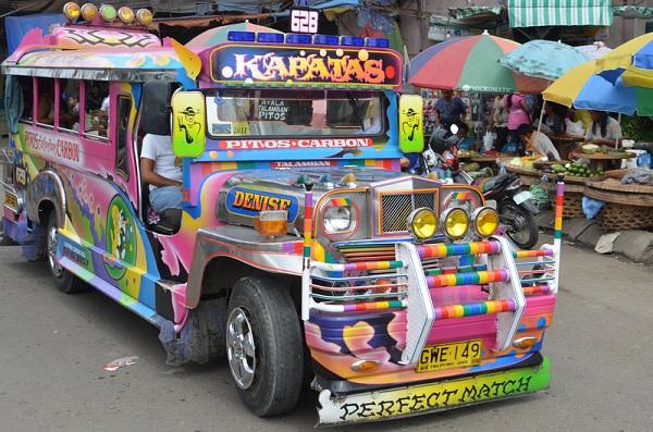 Đặt vé máy bay đi Manila trải nghiệm đi xe jeepneys