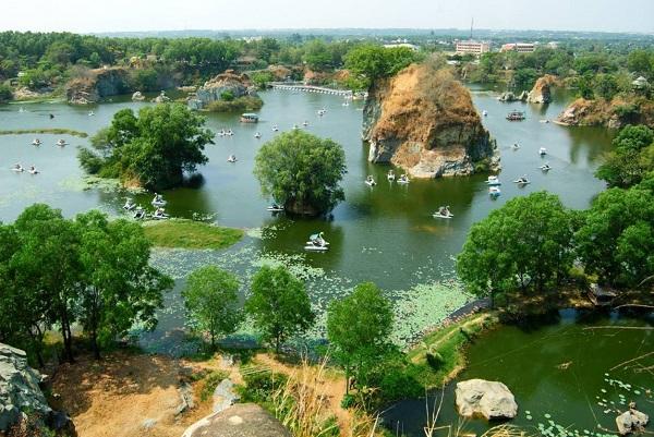 Đặt vé máy bay đi Đồng Hới khám phá Vườn quốc gia Phong Nha