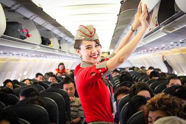 Dịch vụ chỗ ngồi và dịch vụ ăn uống được hãng Vietjet Air rất tốt
