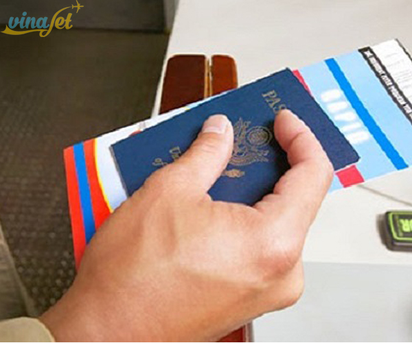 Giấy tờ tùy thân khi lên máy bay hãng Eva Air
