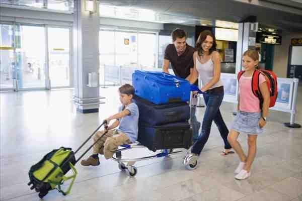 Hành khách cần đến sân bay trước lúc khởi hành bao lâu